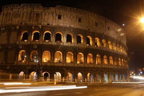 restaurants   colosseum  rome italy