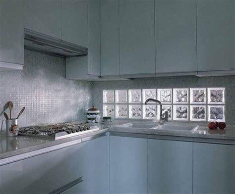 kitchen tile floor designs blocos de vidro 28 inspirações para iluminar a casa