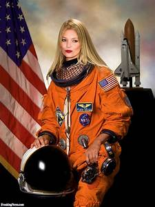 Kate Moss the Astronaut Pictures - Freaking News