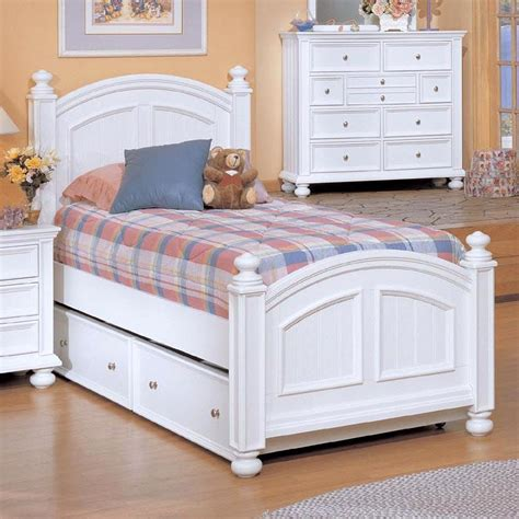 Winners Only Cape Cod Twin Panel Bed & Trundle Box