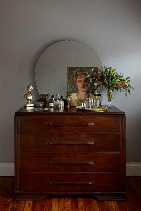 professional tips  dresser top decor
