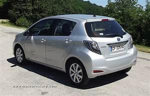 Essai Toyota Yaris Hybride : toyota yaris hybride essai d taill ~ Medecine-chirurgie-esthetiques.com Avis de Voitures