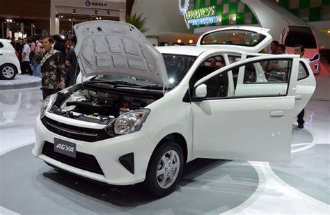 Toyota Agya Modification by 40 Gambar Modifikasi Mobil Agya Keren Cantik Modif Drag