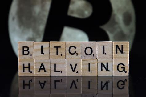How do i make money from bitcoin? well, that is exactly why i have decided to write this post on the best ways to earn money with bitcoins; How to make a 300% profit from Bitcoin halving? What is the strategy to maximize return?