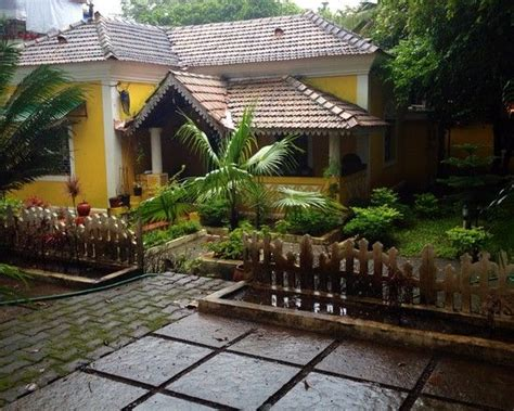 Home Garden Design Ideas India by Garden Landscaping Of A Traditional Indian Residence