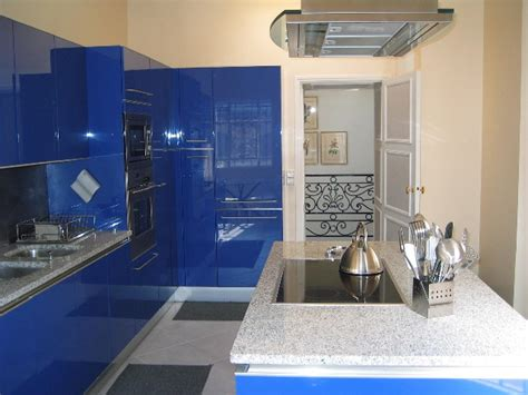 great colors for kitchens kitchen colors that stand the test of time hgtv 3944