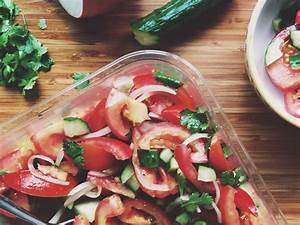 Tomaten Richtig Schneiden : mediterraner salat rezept kitchen stories ~ Lizthompson.info Haus und Dekorationen