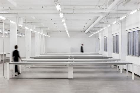 k par k siege social dépouillement et minimalisme pour le siège social de