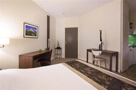 chambre kyriad hôtel moderne kyriad chambery centre curial kyriad
