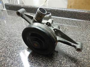 2005 Lincoln Ls Motor Engine Water Coolant Pump With