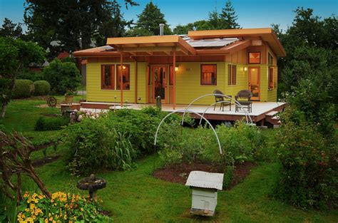 from the home front upsizing to 800 square in eugene