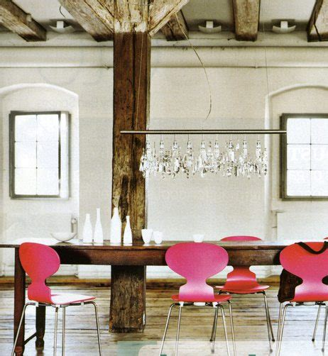 mixing antique and traditional furniture styles
