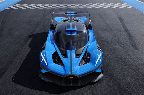 This puts the bolide with its w16 engine at the absolute pinnacle in terms of combustion engines used in automotive engineering. 1,825 HP (1,361 kW) Bugatti Bolide Concept Revealed, Faster Than LMP1 Car, Top Speed Over 500 km/h