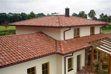 perlu dipertimbangkan sebelum memilih material atap