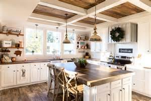 clayton announces    farmhouse style prefab homes