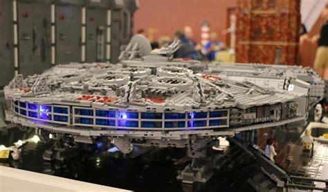 lego star wars millennium falcon   im anflug
