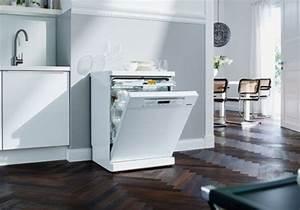 Lave Vaisselle 45 Cm Noir : choisir son lave vaisselle encastrable 45 cm ~ Melissatoandfro.com Idées de Décoration