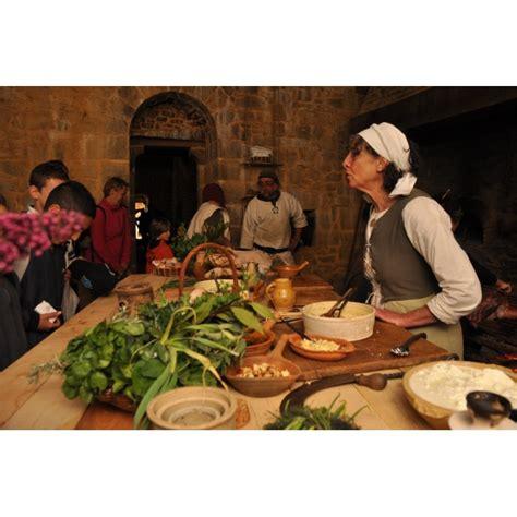 cuisine au moyen age l 39 authentique cuisine du moyen âge boutique guédelon