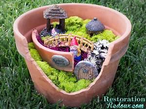 29 Best DIY Garden Crafts (Ideas and Designs) for 2017