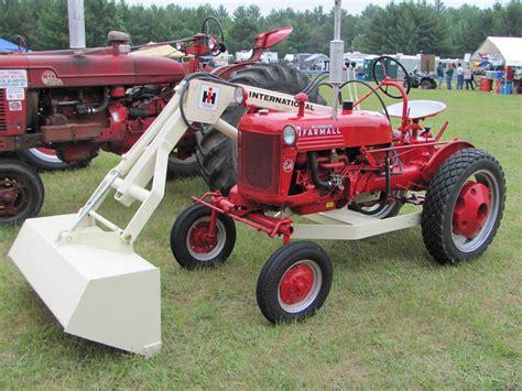 garden tractor  loader  jewett city