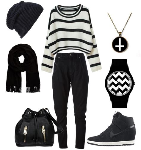 Casual Black & White Clothing Combinations For Women