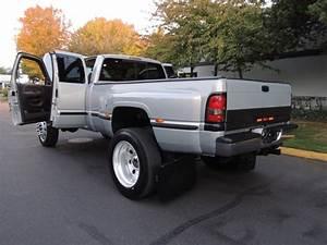 1999 Dodge Ram 3500 Laramie Slt   4x4    5 9l Diesel