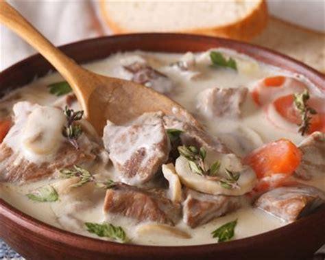 cuisiner une blanquette de veau recette blanquette de veau à l 39 ancienne