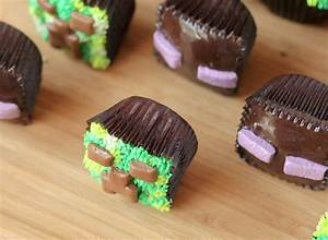 Minecraft Cupcakes - Confessions of a Cookbook Queen