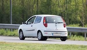 Fiat Punto Avis : tout sur la fiat punto 2 1999 2003 grce aux 168 avis ~ Medecine-chirurgie-esthetiques.com Avis de Voitures