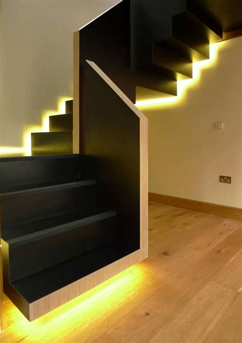 21 Staircase Lighting Design Ideas & Pictures