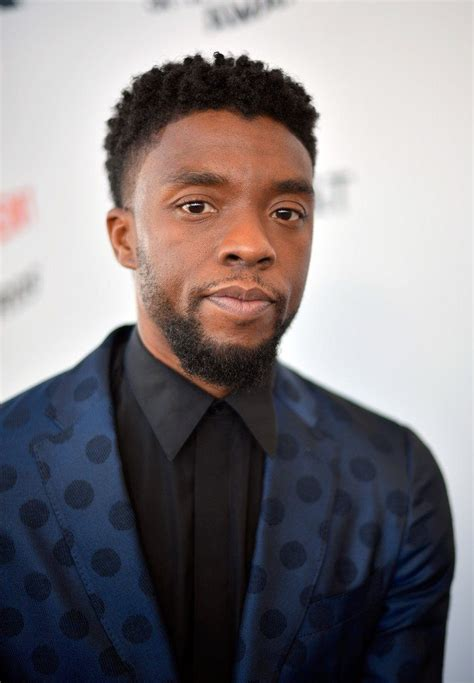 Chadwick aaron boseman (/ ˈ b oʊ z m ə n /; Chadwick Boseman In Burberry @ 2018 Film Independent ...