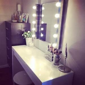 Schminktisch Spiegel Beleuchtet : schminktisch licht luxury fotografie schminktisch spiegel beleuchtetschlafzimmer deko ideen ~ Yasmunasinghe.com Haus und Dekorationen