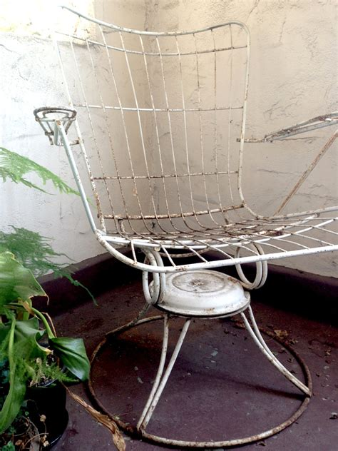vintage white homecrest outdoor wire chair by