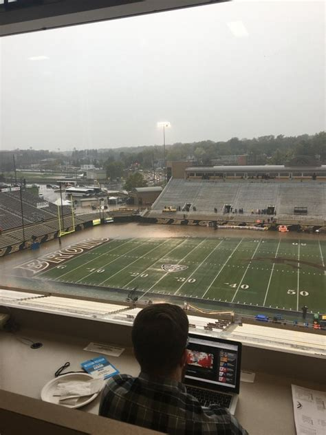 akron western michigan   continuous lightning delay