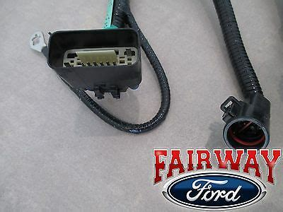 Ford Wiring Harnes Pin by 05 Thru 07 F 150 Oem Genuine Ford 7 Pin Trailer Tow Wiring