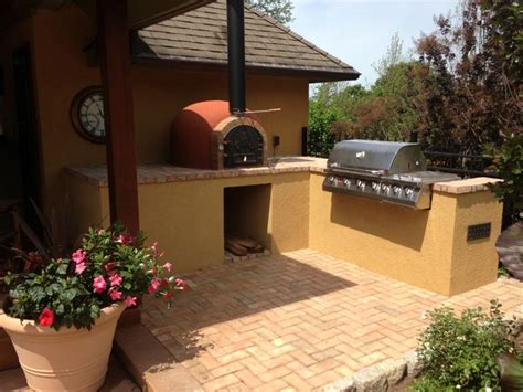 images  outdoor wood pizza ovens  pinterest