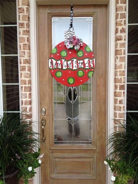 christmas doors 17 best images about wooden door hangers christmas ornaments on pinterest christmas door