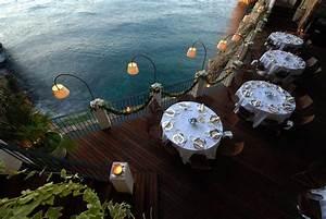 Wo Ist Das Nächste Restaurant : das h hlen restaurant in polignano a mare mr goodlife ~ Orissabook.com Haus und Dekorationen