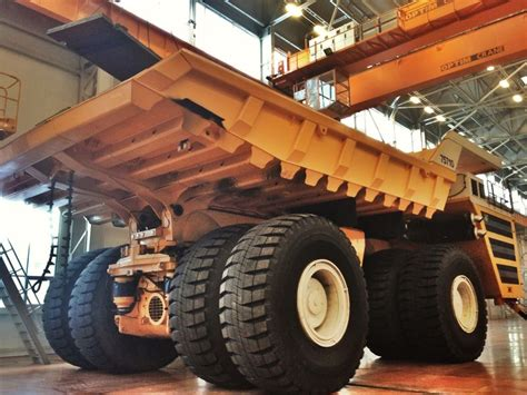 Strongest Electric Motor by Largest Truck In World Uses 4 Electric Motors Cleantechnica