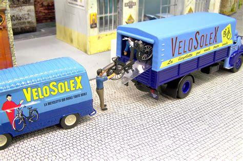 lesptitesrenault fr afficher le sujet termin 233 le garage moderne avec ses v 233 hicules hachette