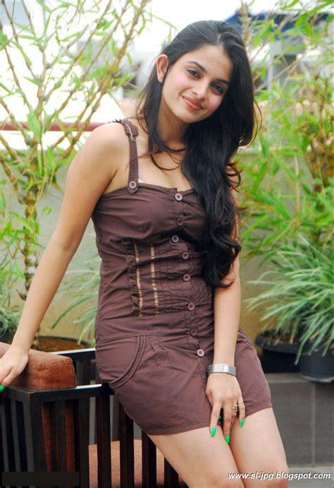 Indian Girls Club Hot Sheena Shahabadi Pictures