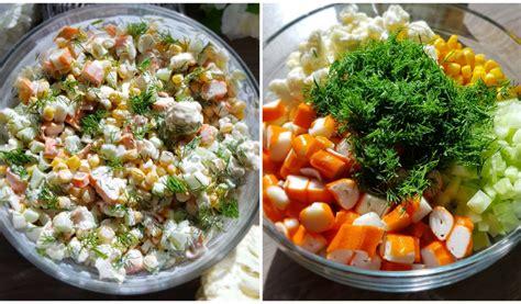 Receptes.lv - Krabju salāti ar puķkāpostu, kukurūzu un ...