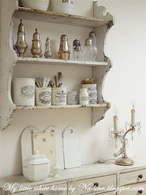 lovely weathered plate rack  stoneware  silver lady gray dreams photo en  deco