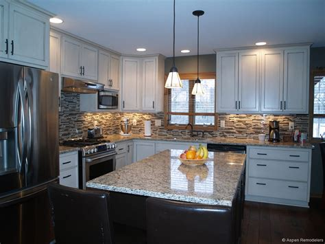 Countertops That Go With White Cabinets Cool White