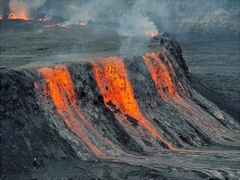 wallpaper animaatjes vulkanen