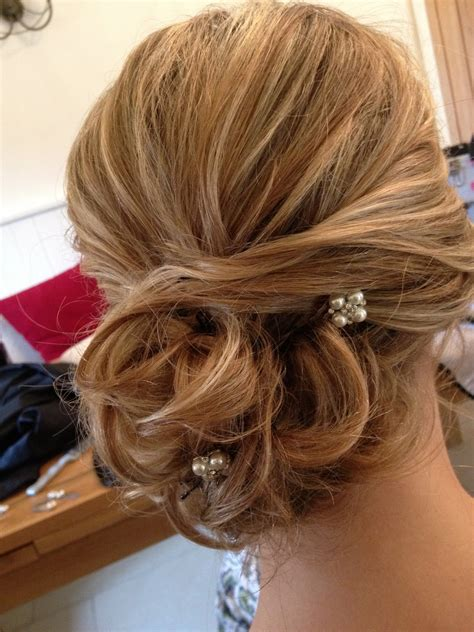 kingscote barn wedding hair styling for frances