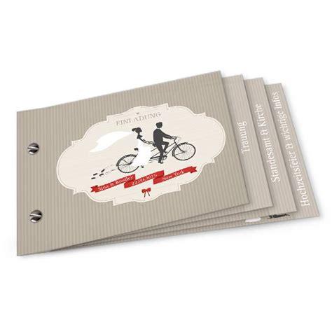 vintage hochzeitseinladung mit tandem als booklet