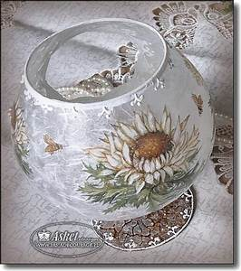 194 best images about hobby decoupage on pinterest for Best brand of paint for kitchen cabinets with decoupage glass candle holders