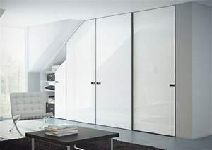 Begehbarer Kleiderschrank Weiß : begehbarer kleiderschrank unter dachschr ge ideen und planungstipps ~ Orissabook.com Haus und Dekorationen