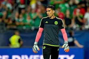 Ochoa s'est coupé les cheveux ! - Football - Sports.fr